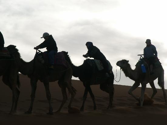Kasbah Hotel Said: Sur les dunes de merzouga