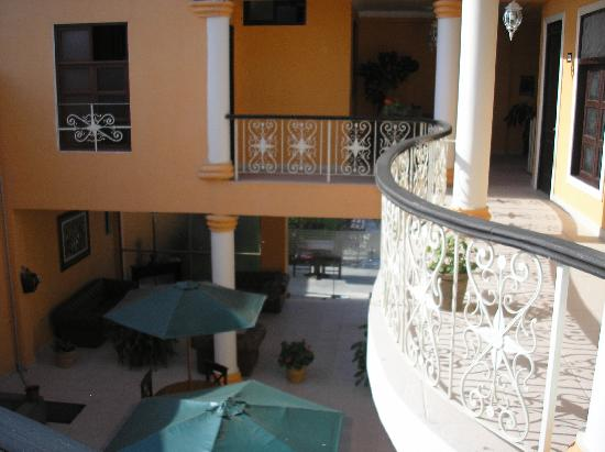 Hostal Villa Manuelita: cortile interno