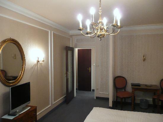 Savoy Hotel Vienna: Room