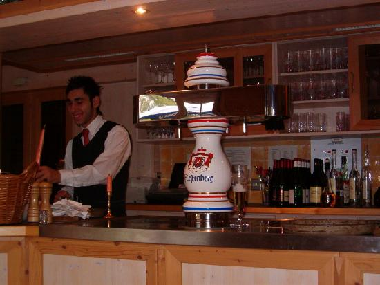 Hotel Sonneneck: Our very nice bartender He deserves a raise