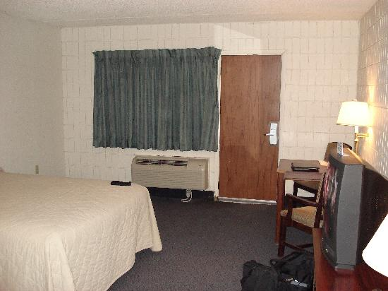 Tradition Inn: beautiful room