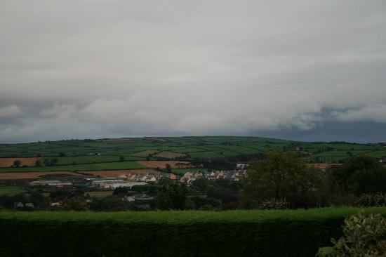 Glendine Irish Home: The View Right out front of the town below the B&B