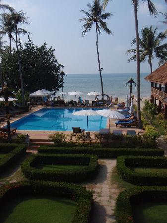 V.J. Hotel & Health Spa: the pool