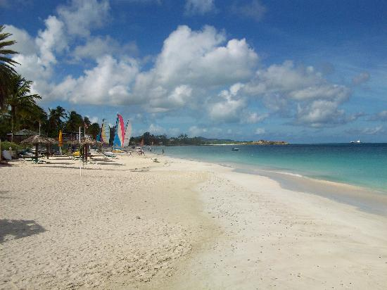 Antigua: Beach leading to Sandals