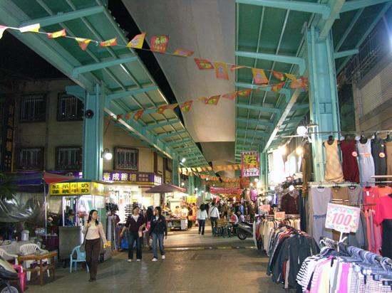 Nanhua (former Hsin Hsing) night market, Kaohsiung City