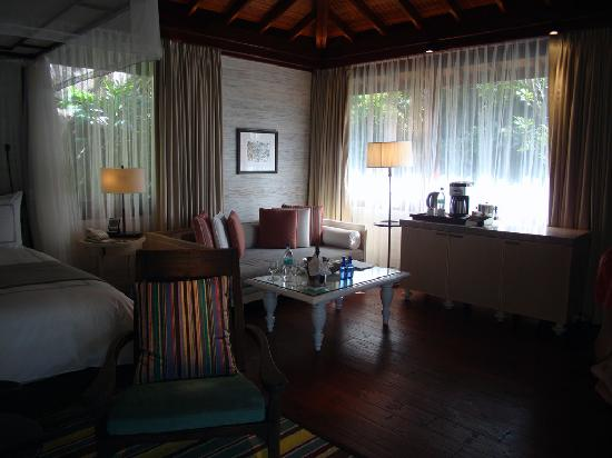 Four Seasons Resort Seychelles: Another internal view of villa
