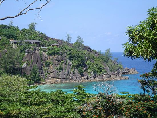 Four Seasons Resort Seychelles: A view from reception