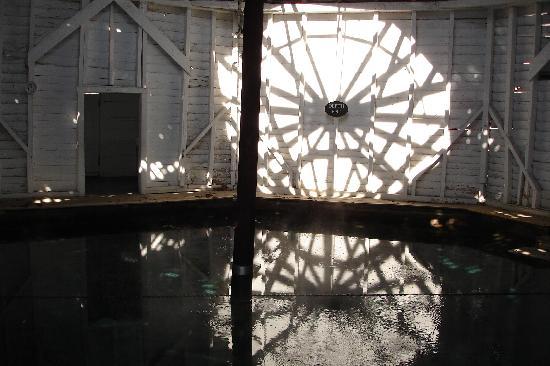 The Omni Homestead Resort: The interior of the Jefferson Pool