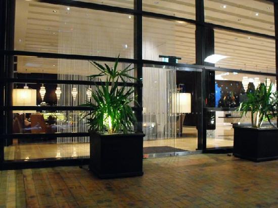 SKYCITY Grand Hotel: lobby