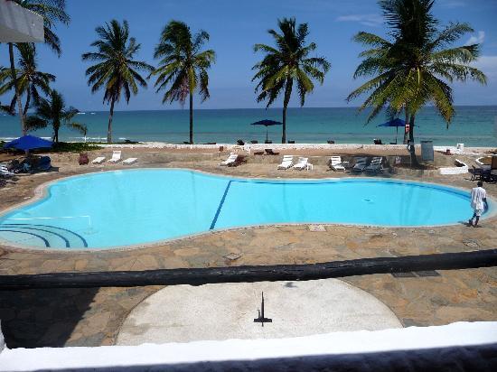 Jacaranda Indian Ocean Beach Resort: La Piscine