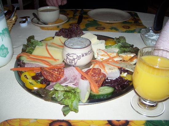 Luebbenau, Tyskland: Breakfast