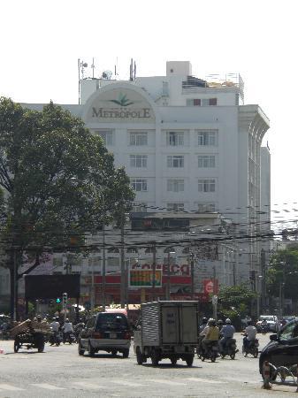 Metropole Hotel: fachada del hotel