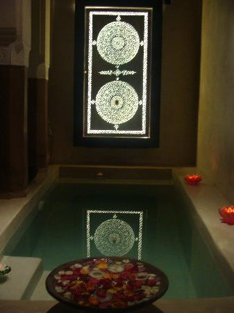 Zamzam Riad: Entrance pool