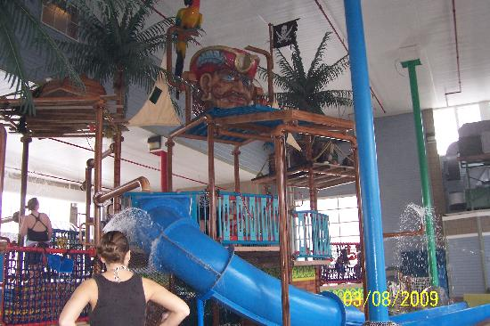 Waterpark Picture Of Crown Choice Inn Amp Suites Lakeview