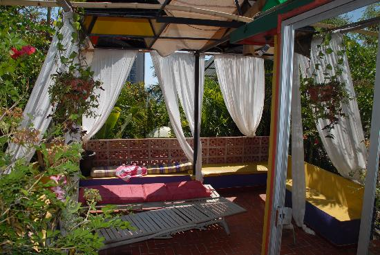 Casa Condesa: Above the pool, nice place to relax