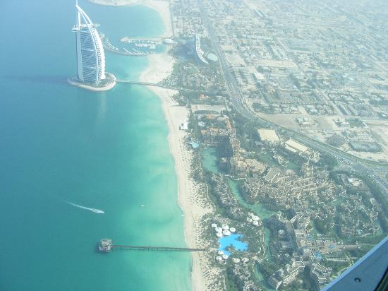Jumeirah Mina A' Salam: The Min A Salam Hotel as seen from our seaplane