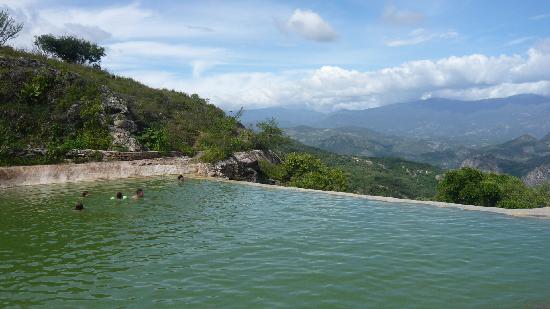Hotel Casa del Sotano: piscine naturelle de souffre