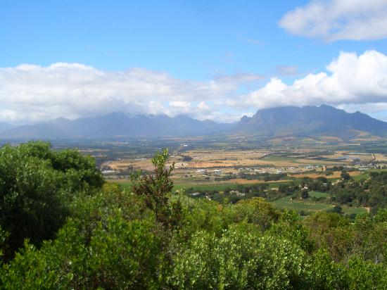 Paarl, Sudáfrica: View of the valley from the monument