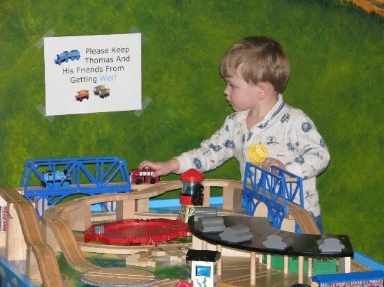 Explorium: Thomas train set