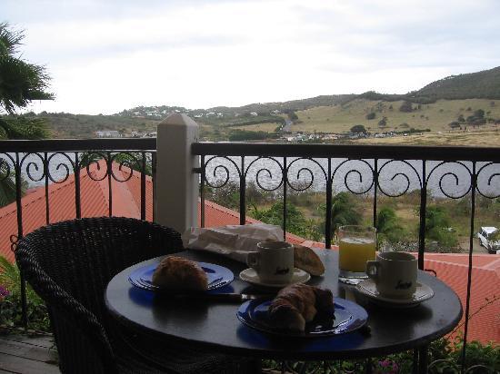 Sol e Luna Romantic Inn: Breakfast on the balcony