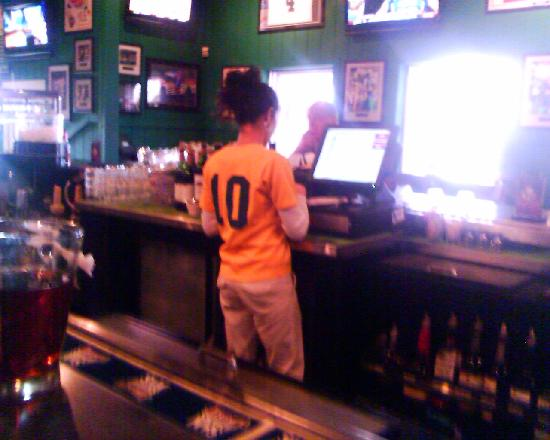 Duffy's Sports Grill : Server