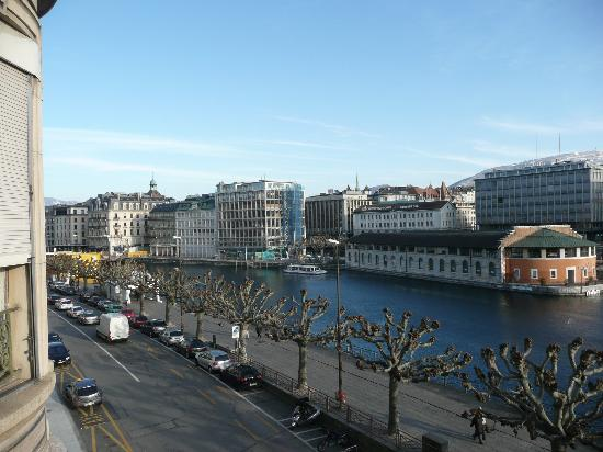 Des Tourelles : View from Rm 10