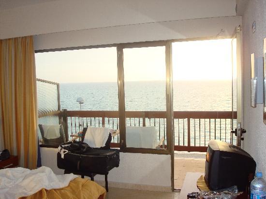 AYA Hotel: Zimmer