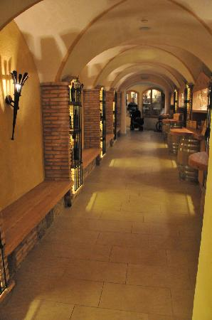 Hotel Sun Valley: Strada del Vino