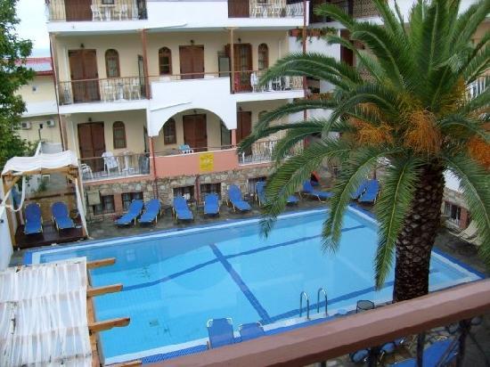 Hotel Calypso : Pool view