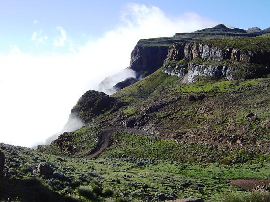 Sani Mountain Lodge: Looking back down the Sani Pass