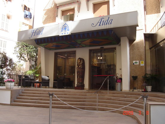 Hotel Aida: Front of hotel
