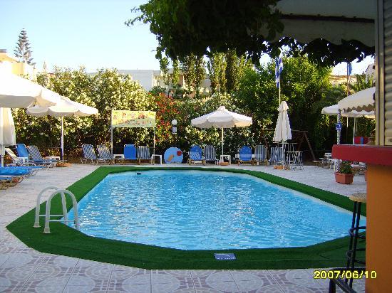 Alkion Hotel: Pool