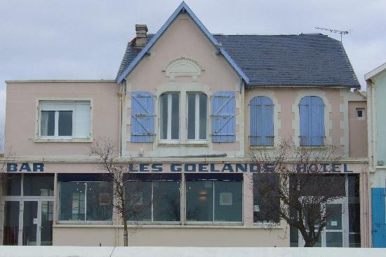 Hotel Les Goelands : Façade de l'hotel