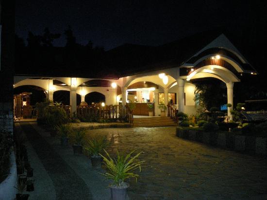 Pacific Cebu Resort: ホテル フロント