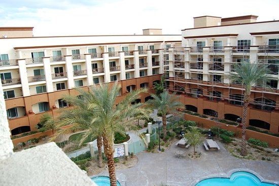 WorldMark Las Vegas-Boulevard: massive resort - renovations currently being done