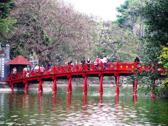 Hanoi Fortune Hotel: hoan kiem lake