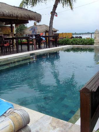 Pesona Resort: piscine