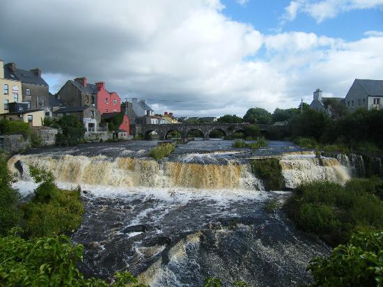 Ennistymon, Irlanda: The Cascades