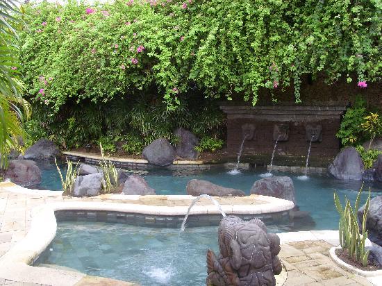 Poppies Bali : piscine1