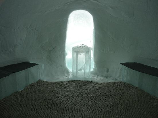 Icehotel: Ice Sauna!