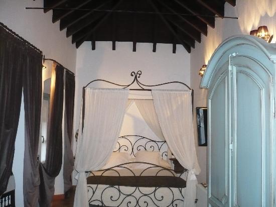 هوتل بوزادا سان فيرناندو: Suite