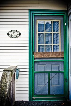 Blueberry Cove Inn: The Apartment Door