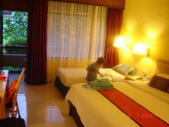 Bali Dynasty Resort: Deluxe room
