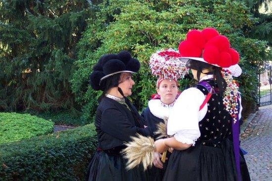 Gutach im Breisgau Germany  city images : Gutach im Breisgau, Germany: Traditional Bollenhut costumes