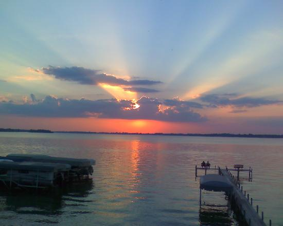 South Shore Inn - Clear Lake: Here is the sunset, WOW