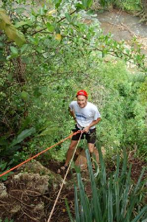 Batey Zipline Adventure: rappell down...