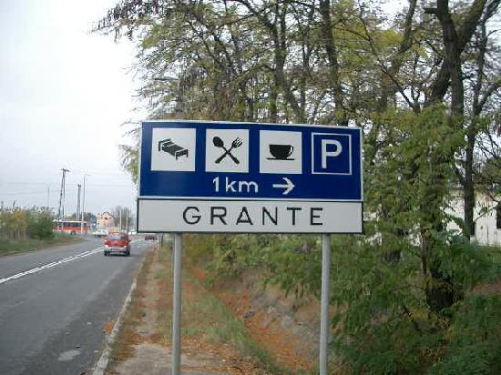 Hotel GRANTE: 案内板