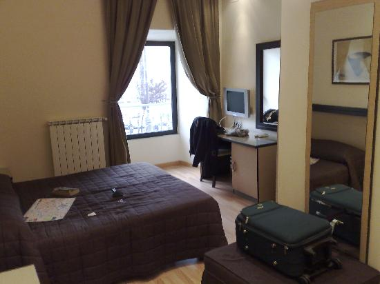 Les Chambres d'Or Hotel: Our room