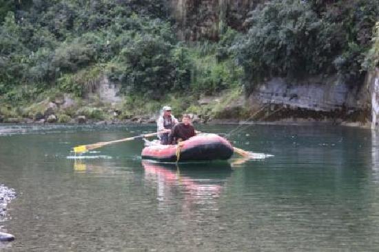 Tarata Fishaway: Rafting the Rangitikei