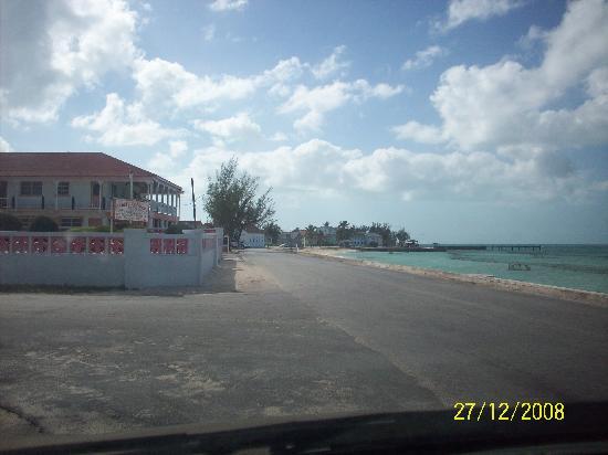 Bay Street, Tarpum Bay Eleuthera